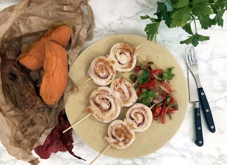 Piruletas de pollo con verduras y boniato