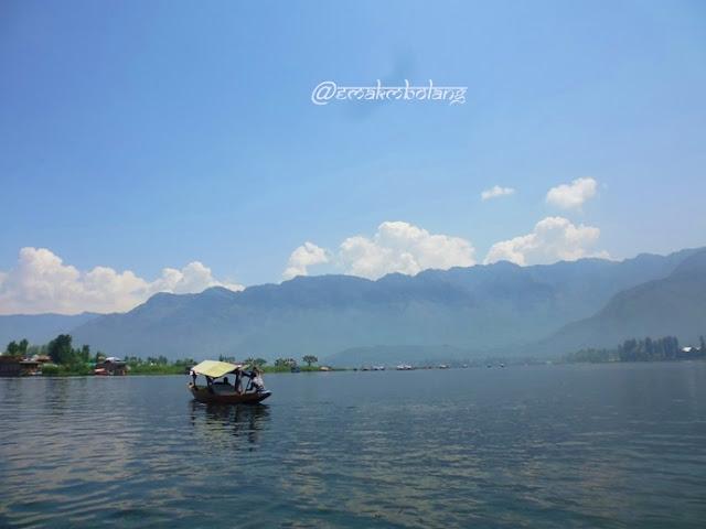 Shikara, Kashmir, India