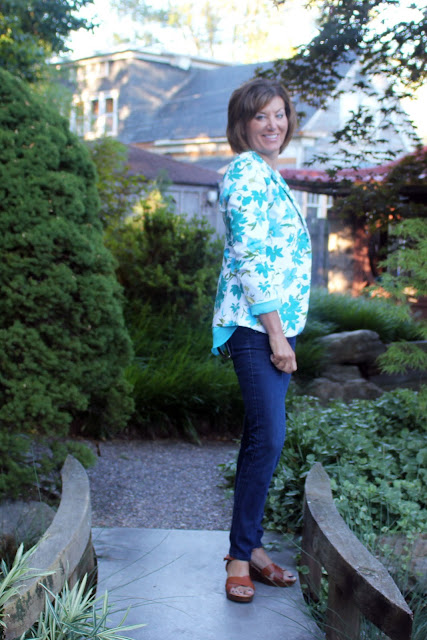 Mood Fabrics' floral pique jacket using Mimi G's Simplicity pattern 1167 - side view