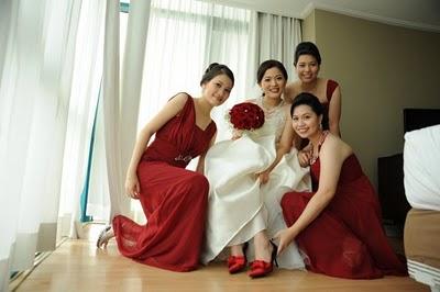 f04e720b Combinar ramo de novia con zapatos
