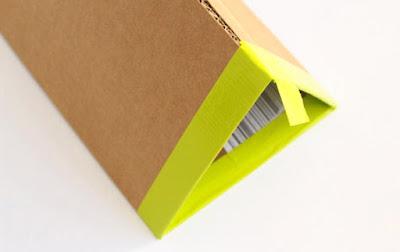 Ingenioso organizador de cartón para zapatos DIY.