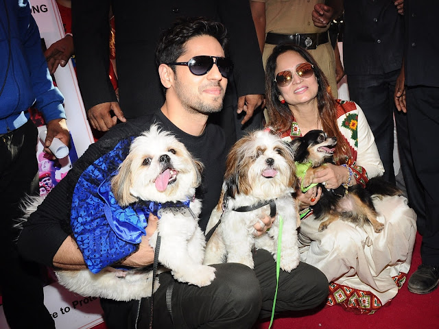 1. Siddharth Malhotra with Smita Thackrey