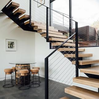 Desain Tangga Rumah Mewah Besi