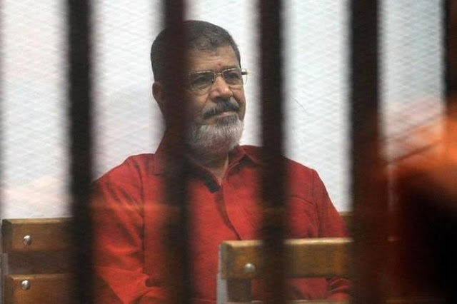 Mahkamah Mesir Gugur Hukuman Gantung Terhadap Morsi