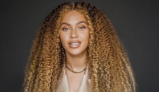 "Beyoncé lança ""Black Parade"""