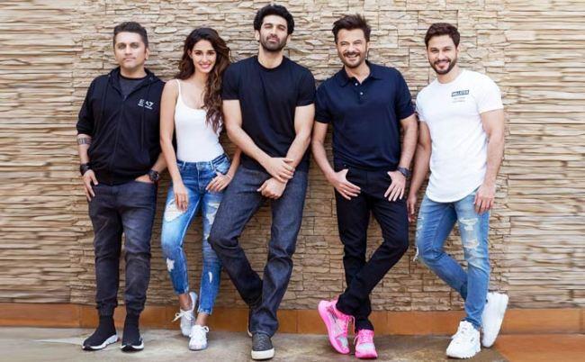 Anil, Aditya, Disha Hindi movie Malang 2020 wiki, full star-cast, Release date, Actor, actress, Song name, photo, poster, trailer, wallpaper