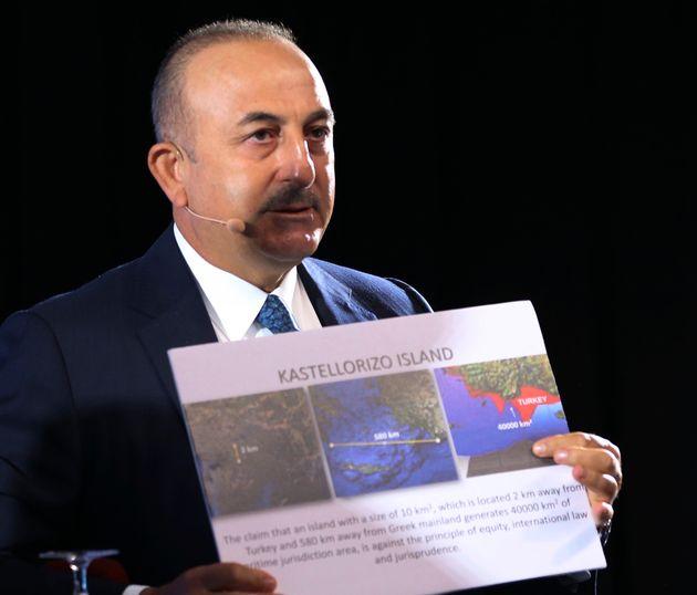 Διερευνητικές και διάλογος με την Τουρκία;