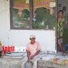 Bhabinkamtibmas Desa Cikoang Polsek Marbo Door To Door Dan Sosialisasi Cara Memutus Mata Rantai Penularan Pandemic Covid-19