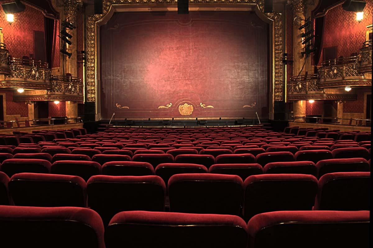 Perbedaan Drama dan Teater