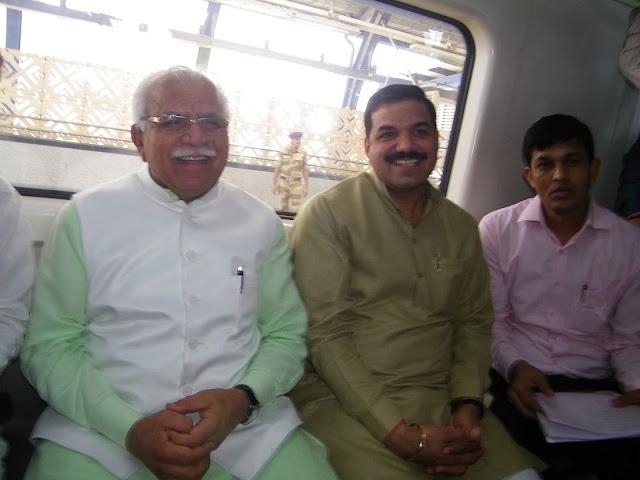 haryana-cm-manohar-lal-in-delhi-metro