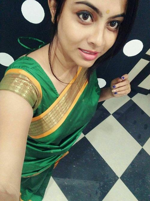 Athithi Das Photos