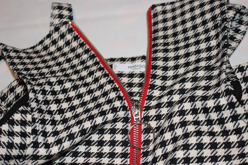 houndstooth, trendy, black and white skirt, mango