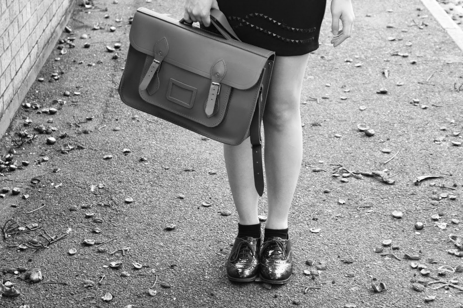 ootd-outfit-inspiration-blogger-fashion-dress-nova-clothes-style-satchel-bag-brogues-shoes