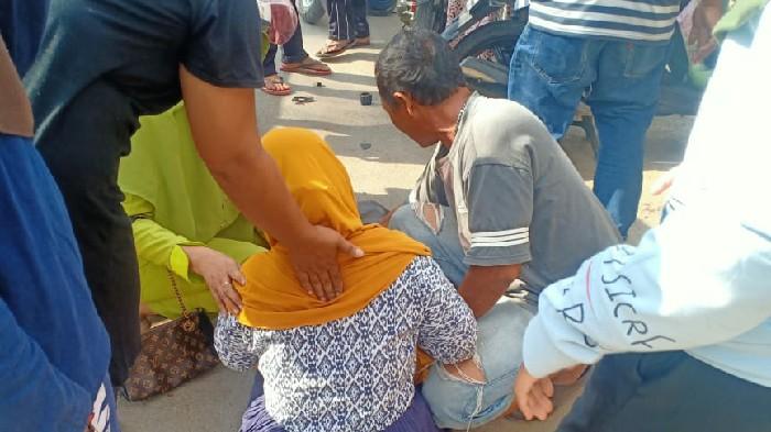 Lapor Pak Kadis! Sisa Material Proyek Perpipaan di Kota Sinjai Nyaris Telan Korban Jiwa