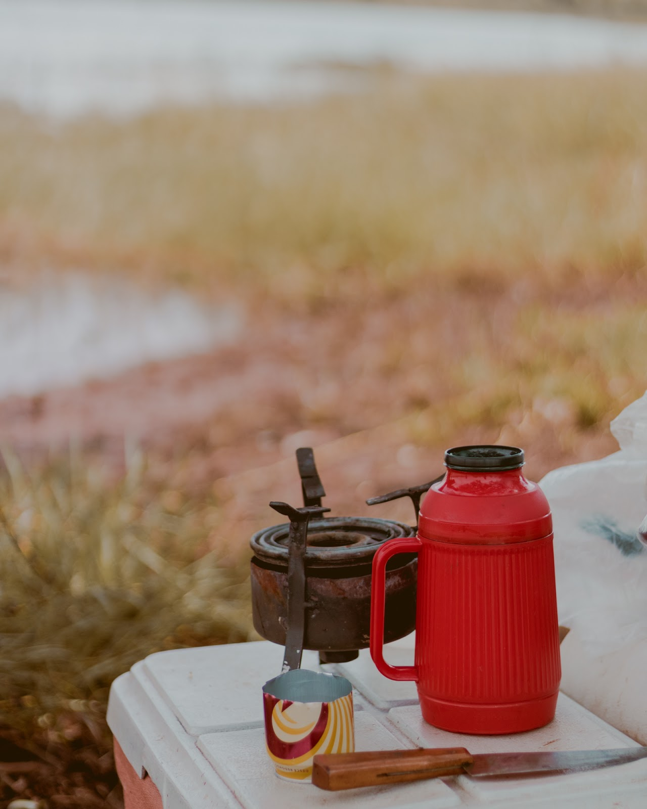 garrafa de café acampamento