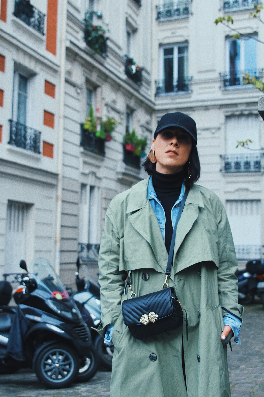 idée de look trench et basket