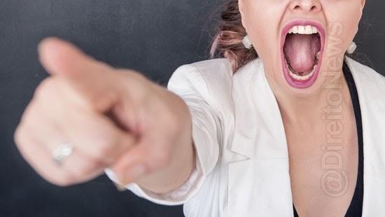 agressoes verbais raciais homofobicas danos morais