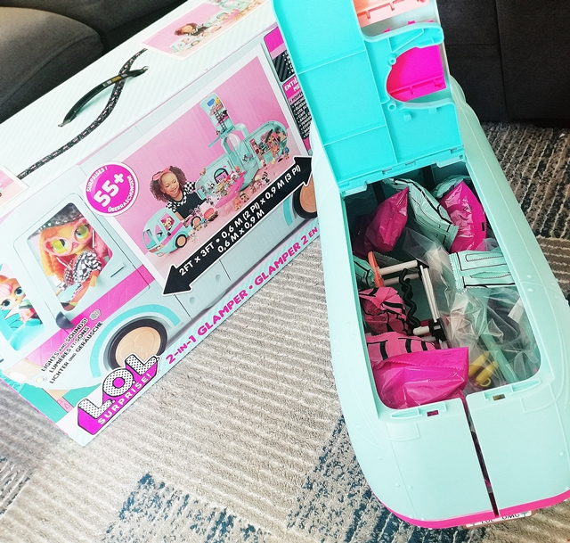 L.O.L. Surprise Glamper Kamper 55 części mega zestaw zabawka
