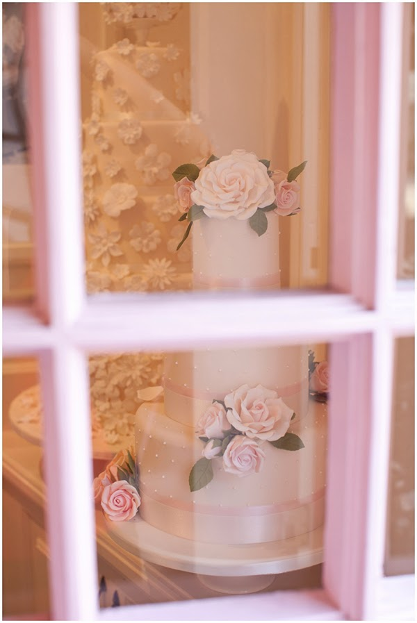Looking through the window of Peggy Porschen Cakes
