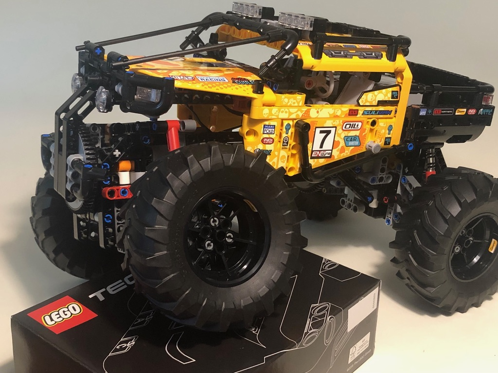 LEGO® Technic review: 42099 4x4 X-Treme Off-Roader | New