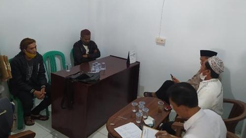 Gempar Kelompok 'Rambut Merah' di Cianjur: Tak Wajibkan Salat-Puasa