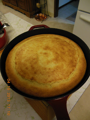 Cornbread, use cornmeal or masa flour, your choice.