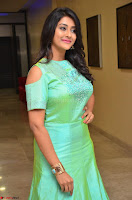 Pooja Jhaveri in Beautiful Green Dress at Kalamandir Foundation 7th anniversary Celebrations ~  Actress Galleries 057.JPG