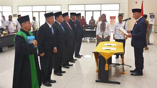 5 Pejabat Eselon II Pemko Padang Dilantik, Dian Fakri Jabat Kadishub