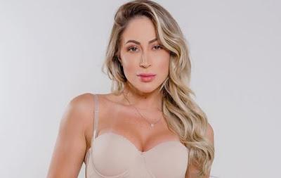 Panicat Carol Narizinho