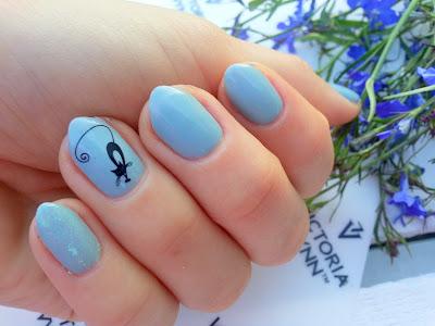Jesienne szarości na paznokciach z kremowymi lakierami hybrydowymi || VICTORIA VYNN
