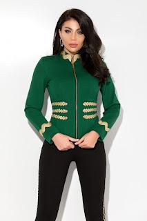 Jacheta verde cu pasmanterie aurie