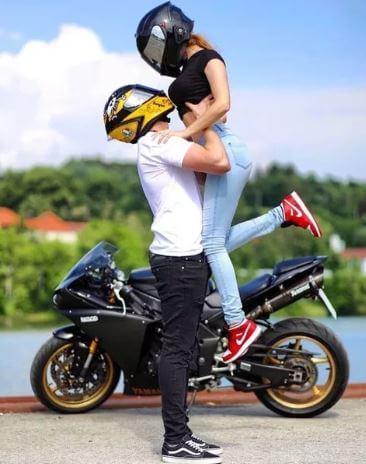 4 وظائف لمحبي الدراجات النارية