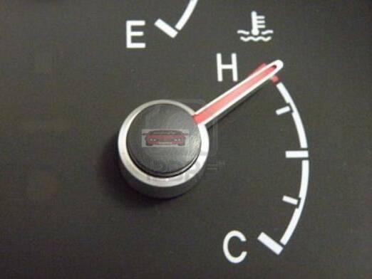 حل مشكلة ارتفاع درجة حرارة السيارة ، المحافظة على محرك السيارة ، الخطوات الصحيحة لعدم ارتفاع حرارة السيارة