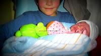 frère soeur fratrie amour famille enfance bienveillance partage naissance