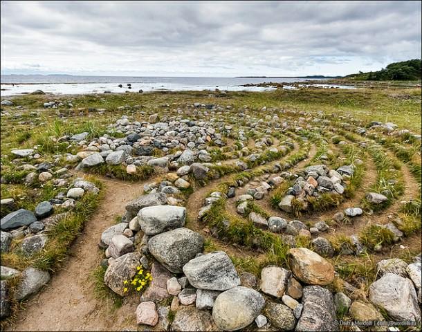 متاهات الحجر من جزيرة بولشوي