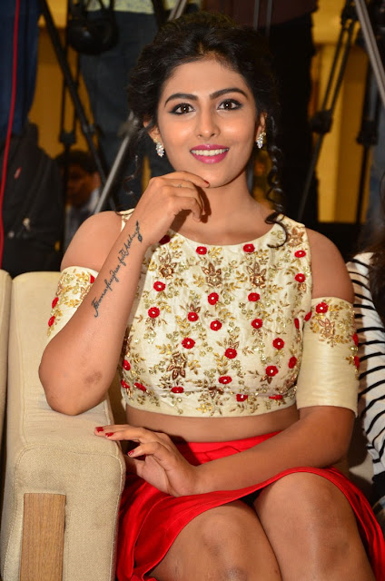 Kruthika Jayakumar  IMAGES, GIF, ANIMATED GIF, WALLPAPER, STICKER FOR WHATSAPP & FACEBOOK