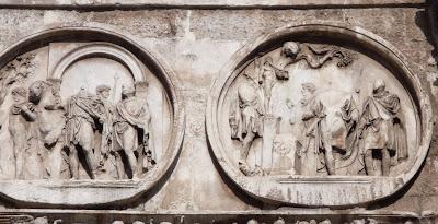 tondi adrianei2 - 23 Monumentos do Fórum Romano