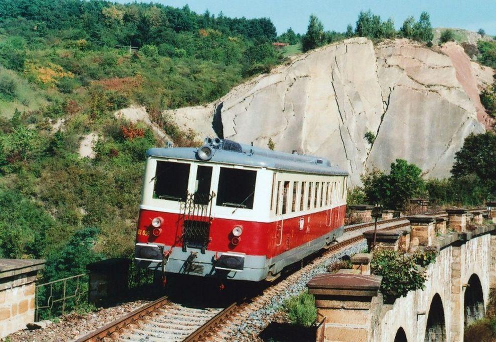 5ae5075802 Podzimní rekonstrukce trati 122 z Prahy-Smíchova do Hostivice
