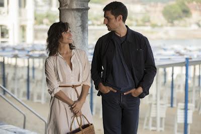 Gina Gershon (Sue) y Louis Garrell (Philippe)