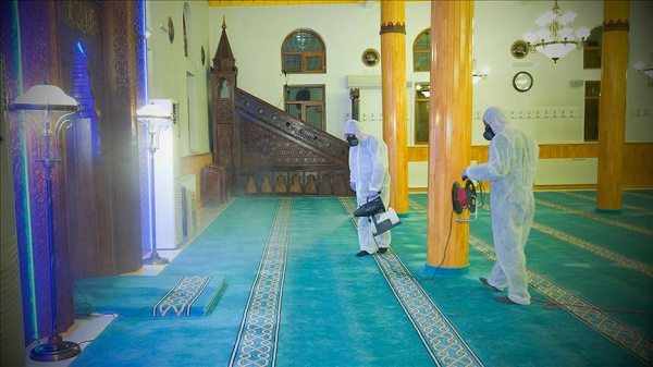 """صلاة العيد في ظروف إستثنائية : """"مساجد دون مصلين وتكبيرات عبر المآذن"""""""