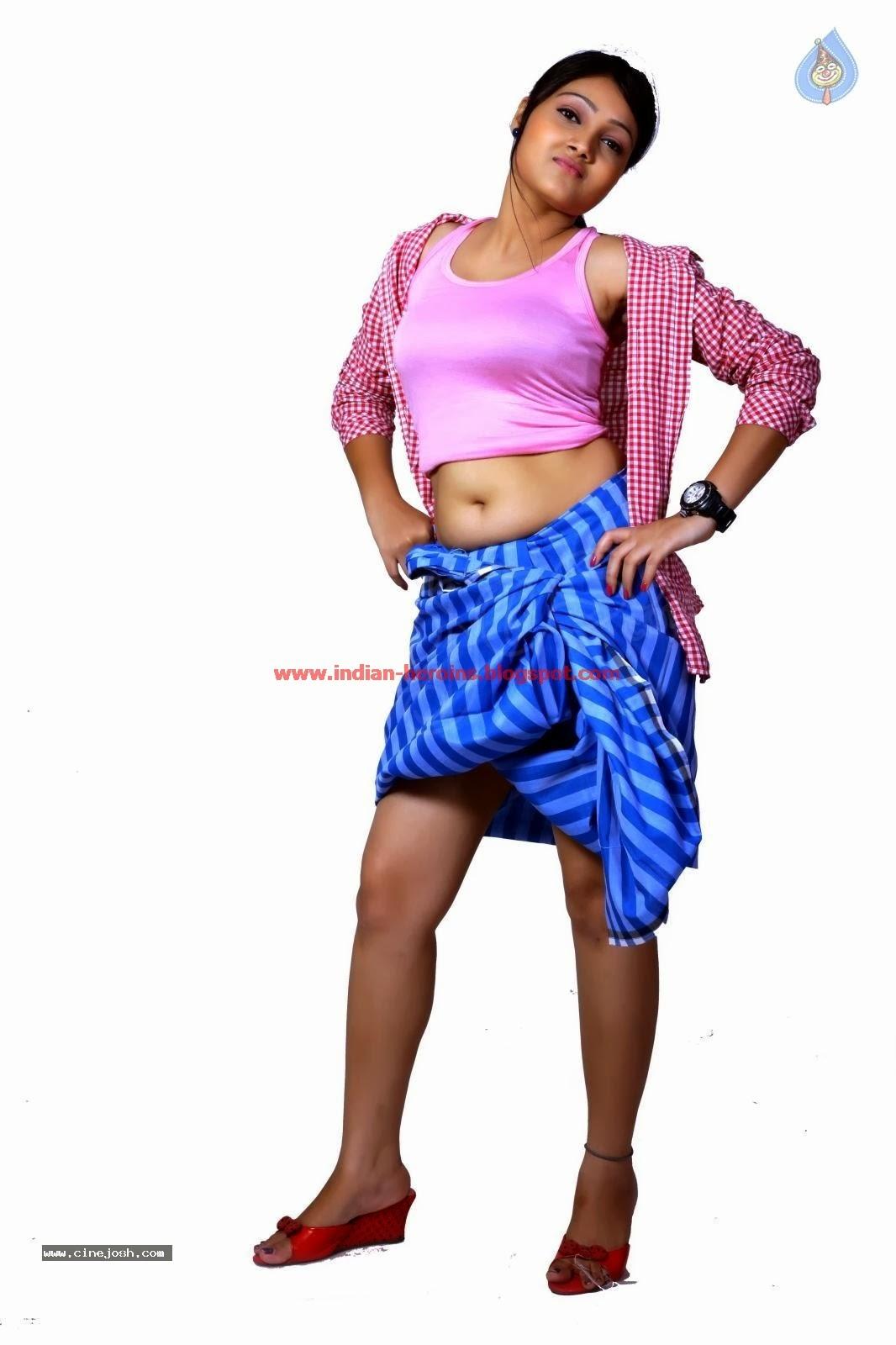 Telugu Tv Actress Priyanka Hot Navel And Boobs Showing -6191