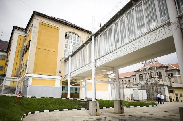 Emberölés miatt nyomoznak a Sátoraljaújhelyen meghalt rab ügyében