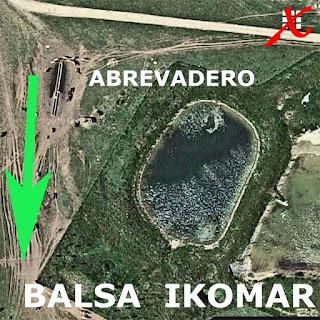 303 Ruta Puerto de Lizarraga a la Balsa de Ikomar  Parque Natural Urbasa Andía     www.casaruralurbasa.com   La Ruta de senderismo desde el Puerto de Lizarraga, hasta la Balsa de Ikomar, es una sencilla ruta naturalística, que nos introduce en la Sierra de Andía.