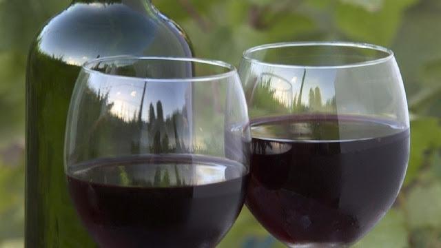 النبيذ الأحمر فوائد لن تصدقها