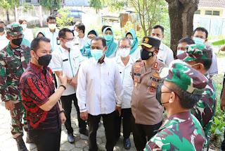Kodam IV Diponegoro dan Kapolda Jateng Beri Bantuan Nakes, Swab Antigen, Vaksin, 14 Velbed dan Personil Brimob ke Pemkab Kudus