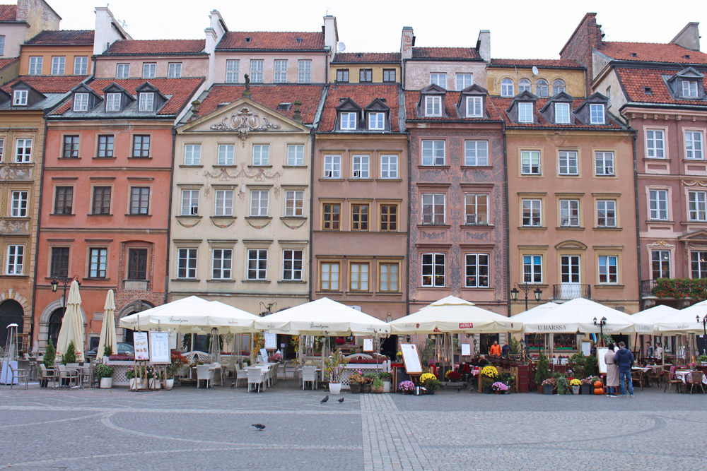 Colourful buildings in Warsaw Old Town - luxury travel blog