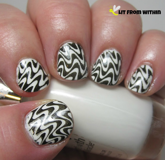 Black & White mod stamped nailart