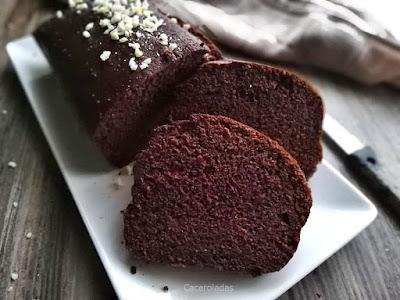 Bizcocho de chocolate negro