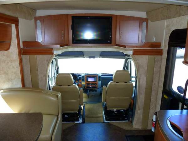 Used Rvs 2012 Winnebago View 24j For Sale By Owner