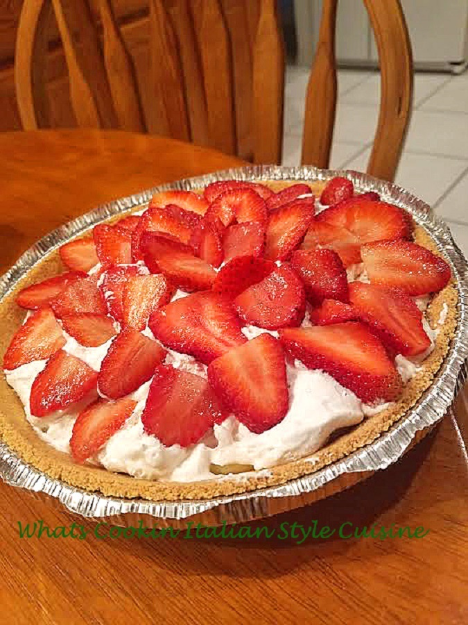 this is a full cheese pie with strawberries and no bake
